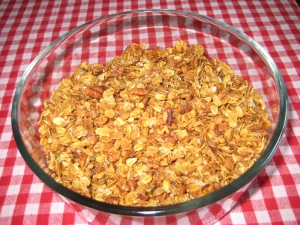 Homemade Granola with Pecans & Crystallized Ginger